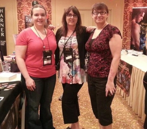 YA/NA author friends, Lizzy Ford and Alexia Purdy!
